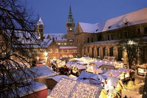 Groningen Weihnachtsmarkt.Tagesfahrten